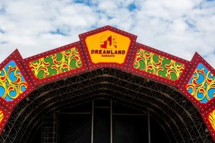 Van Damme Dreamland upgrade.jpg