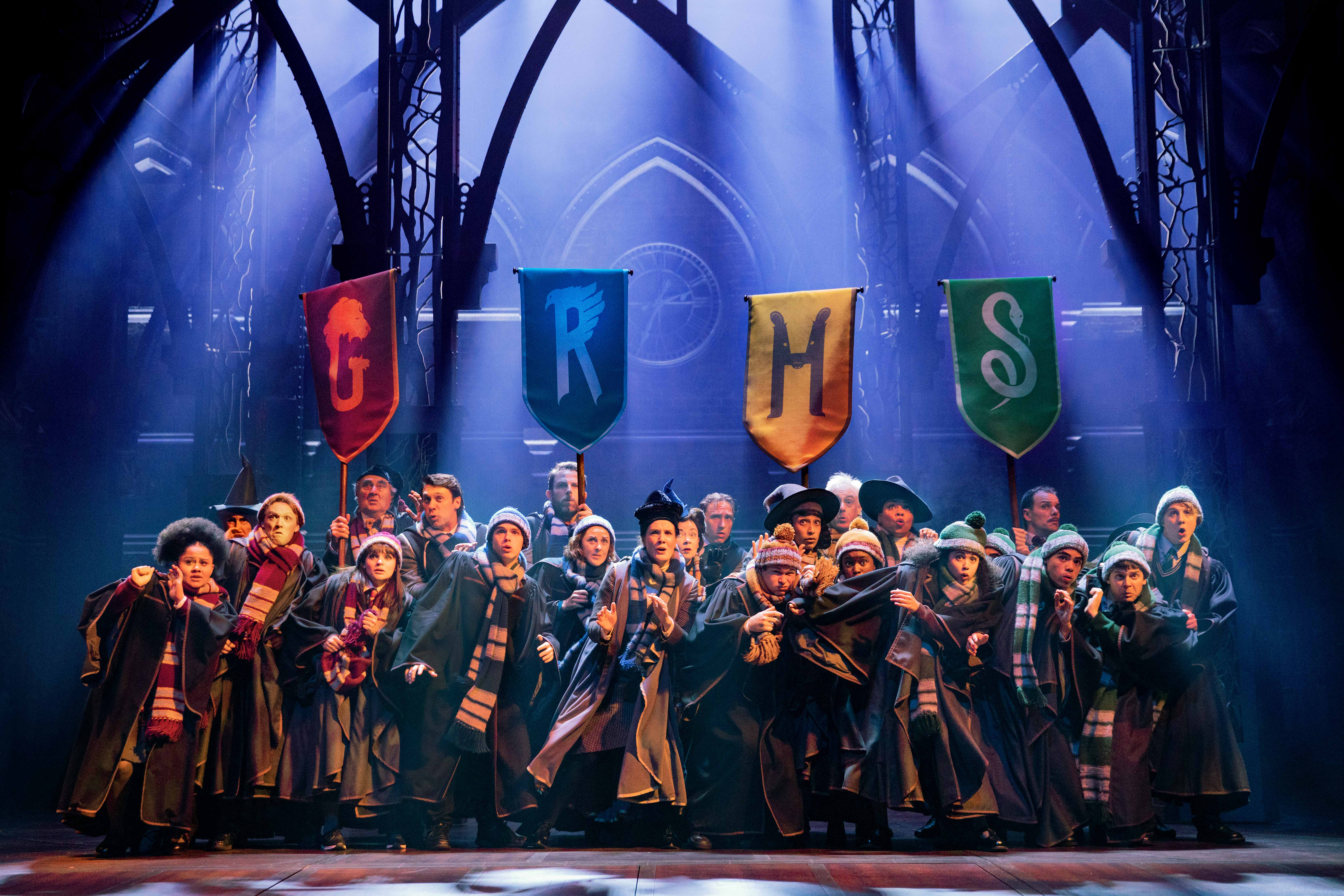 2 The Australian company of Harry Potter and the Cursed Child. Photo Matt Murphy